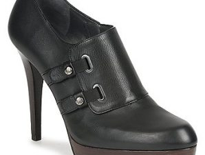 Μποτάκια/Low boots Stuart Weitzman TWO BUCKS